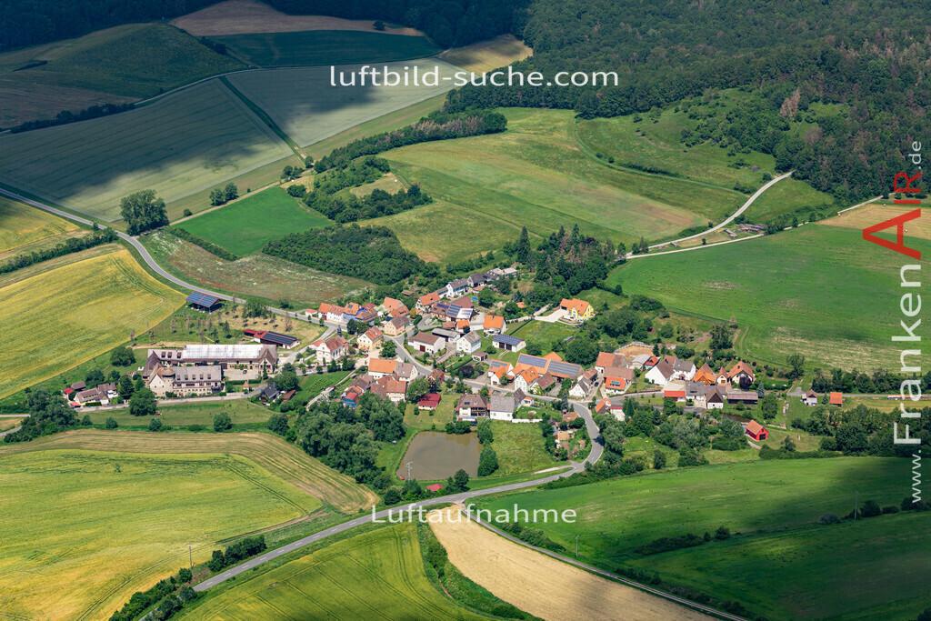 erlabronn-19-442   aktuelles Luftbild von Erlabronn  - Luftaufnahme wurde 2019 von https://frankenair.de mittels Flugzeug (keine Drohne) erstellt.