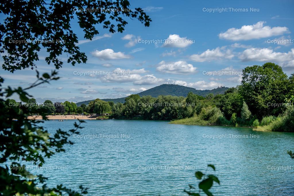 DSC_0726 | Badesee, Bensheim, bbe, Blick über den See auf den Melibokus, ,, Bild: Thomas Neu