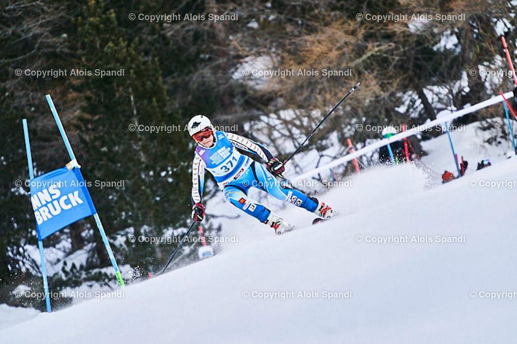 ALS5498_WWMG_GS-II_C   (C) FotoLois.com, Alois Spandl, WinterWorldMastersGames 2020 Innsbruck, Giant Slalom-II Gruppe C Damen, Patscherkofel Olympiaabfahrt, Mi 15. Jänner 2020.