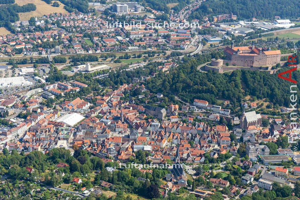 altstadt-kulmbach-19-672 | aktuelles Luftbild von Altstadt  Kulmbach - Luftaufnahme wurde 2019 von https://frankenair.de mittels Flugzeug (keine Drohne) erstellt.