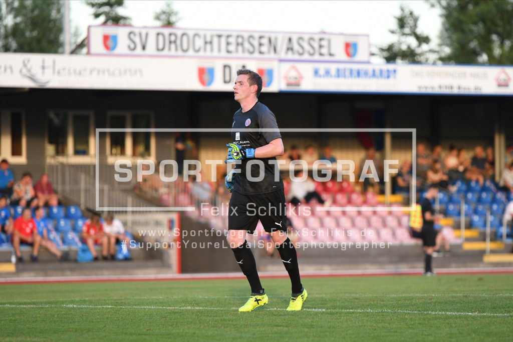 Fussball I Testspiel I SV Drochtersen_Assel - SV Ahlerstedt_Ottendorf I 31.07.2020_00060 | Fussball I Testspiel I SV Drochtersen/Assel - SV Ahlerstedt/Ottendorf am 31.07.2020 in Drochtersen  (Kehdinger Stadion), Deutschland.