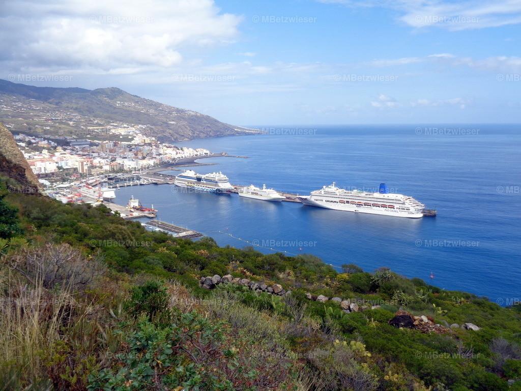 DSC01010   Im Hafen von Santa Cruz de La Palma