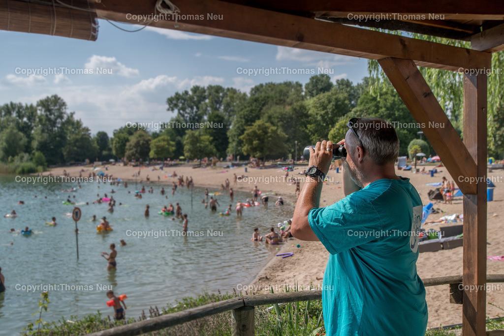 DSC_7860 | Bensheim, Badesee, für Reportage, den Strand und die Sicherheit der Badegäste im Blick hat hier der Mitarbeiter des Bades Richard Maletz, ,, Bild: Thomas Neu