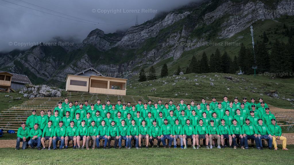Schwingen -  NOSV Zusammenzug 2019   Schwägalp, 7.8.19, Schwingen - NOSV Zusammenzug. Gesamte NOS Mannschaft mit allen Technischen Leiter(Lorenz Reifler)