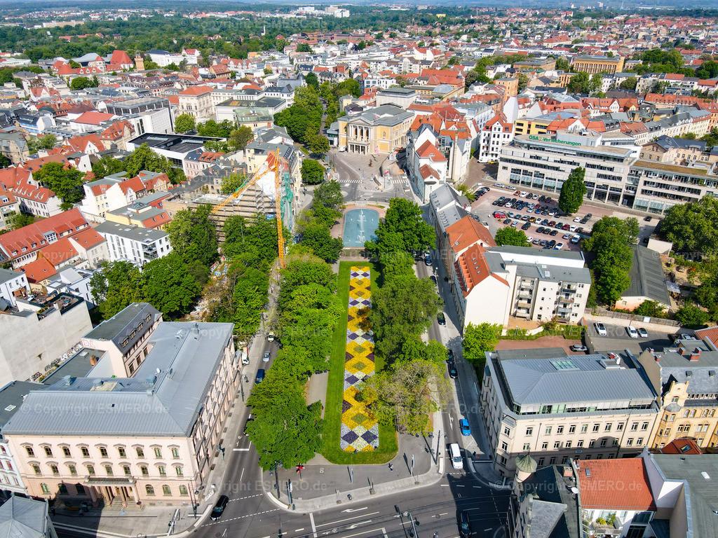 Joliot-Curie-Platz und Oper
