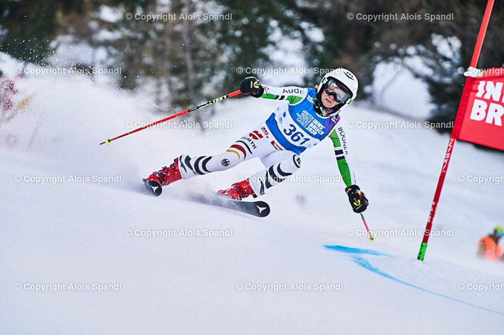 ALS5452_WWMG_GS-II_C   (C) FotoLois.com, Alois Spandl, WinterWorldMastersGames 2020 Innsbruck, Giant Slalom-II Gruppe C Damen, Patscherkofel Olympiaabfahrt, Mi 15. Jänner 2020.