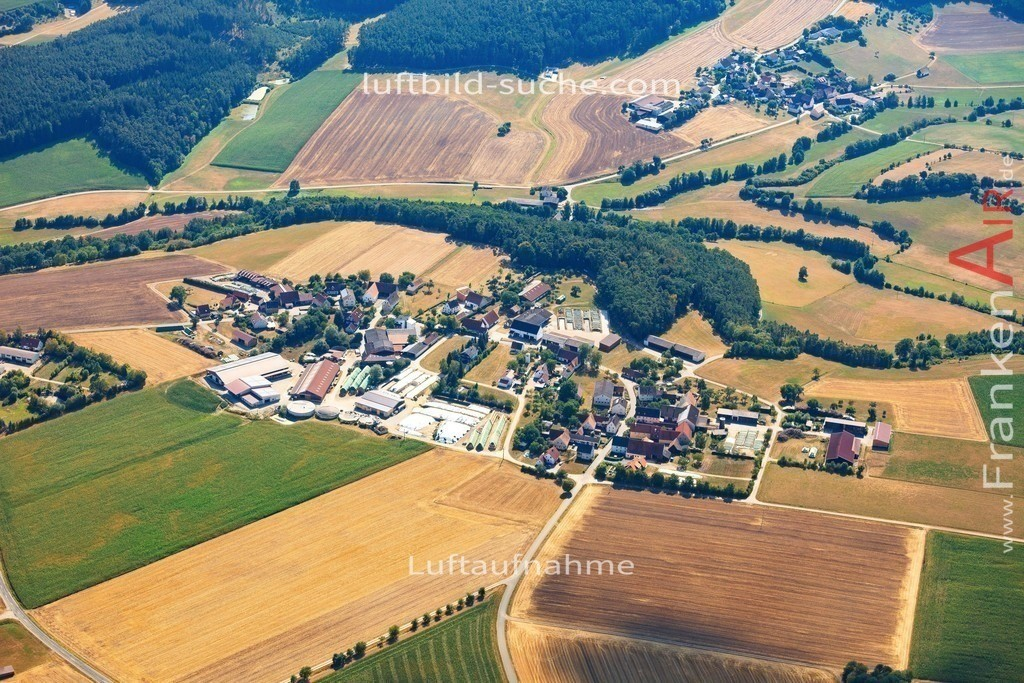 luftbild-markt-erlbach-2015-5024 | Luftbild von  Markt-erlbach - Luftaufnahme wurde 2015 von https://frankenair.de mittels Flugzeug (keine Drohne) erstellt - die Geschenkidee