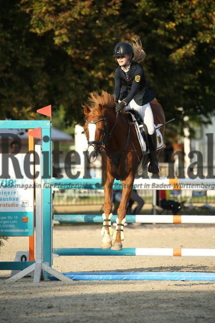 Rot am See_2021_Ponyspringprüfung_Kl.M_Allegra Elisabeth Hüttig_Sietlands Gustav (12)