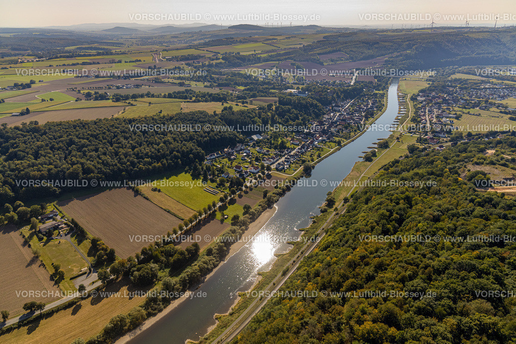 Beverungen200911568Weser-SkywalkHannoverscheKlippen   Luftbild, Fluss Weser, Würselen, Herstelle, Beverungen, Ostwestfalen-Lippe, Nordrhein-Westfalen, Deutschland