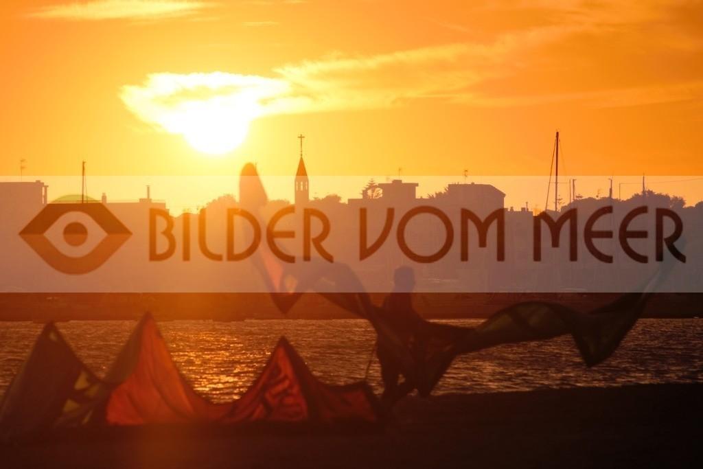 Bilder Sonnenuntergang am Meer, Kitesurfen   Kitesufen Bilder Mar Menor, Spanien