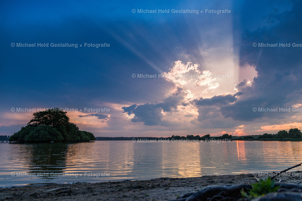 09 September | Dobersdorfer See, Schlesen | Sonnenuntergang am Dobersdorfer See bei Schlesen