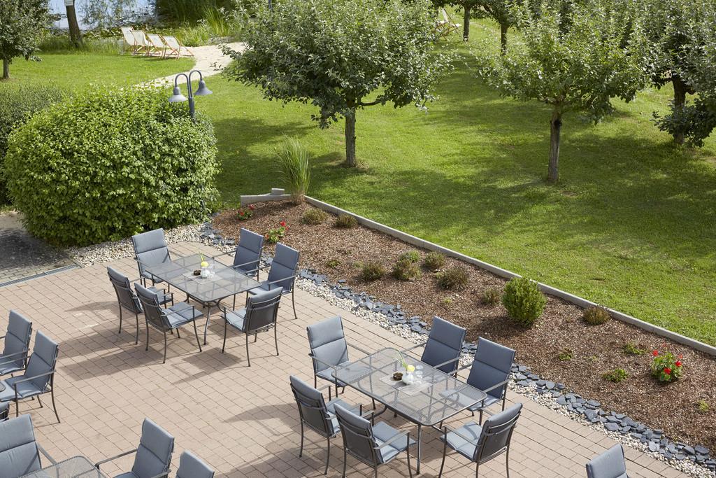 terrasse-07-hplus-hotel-hofheim