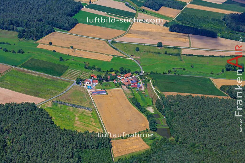 weickersdorf-vestenbergsgreuth-17-4885 | Luftbild von Weickersdorf Vestenbergsgreuth - Luftaufnahme wurde 2017 von https://frankenair.de mittels Flugzeug (keine Drohne) erstellt - die Geschenkidee
