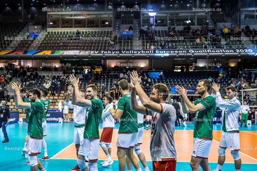 2020-00057122-CEV-European-Olympic-Qualification-Tokyo-2020   Jubel Mannschaft Bulgarien; 06.01.2020; Berlin, ; Foto: Gerold Rebsch - www.beachpics.de