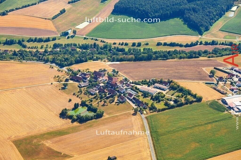luftbild-markt-erlbach-2015-5025 | Luftbild von  Markt-erlbach - Luftaufnahme wurde 2015 von https://frankenair.de mittels Flugzeug (keine Drohne) erstellt - die Geschenkidee