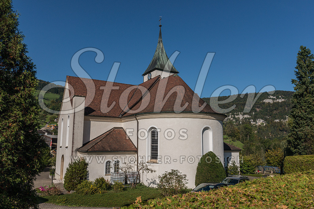 Lukaskirche, Bärschwil (SO) | Die katholische Lukaskirche wird 1548 erstmals erwähnt, Bärschwil im Kanton Solothurn.