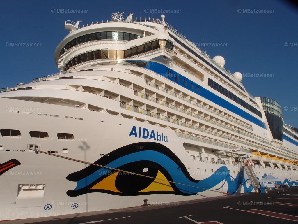 PB162874 | AIDAsol im Hafen La Palma