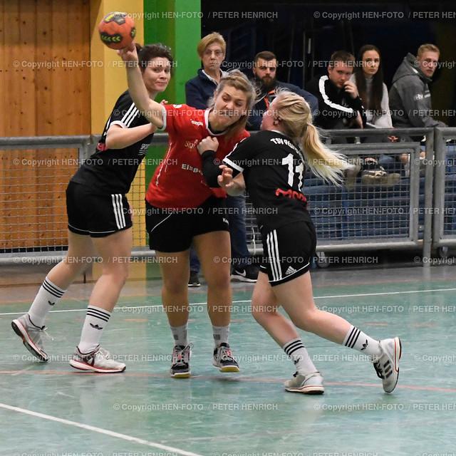 Handball Landesliga Frauen TSV Pfungstadt - TGB Darmstadt (22:30) 20190323 - copyright HEN-FOTO (Peter Henrich)   Handball Landesliga Frauen TSV Pfungstadt - TGB Darmstadt (22:30) 20190323 li 9 Stephanie Dannecker (TSV) Mi 15 Leona Weber (TGB) re 11 Celine Meise (TSV) copyright HEN-FOTO (Peter Henrich)