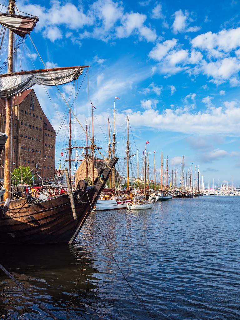 Segelschiffe auf der Hanse Sail in Rostock | Segelschiffe auf der Warnow während der Hanse Sail in Rostock.