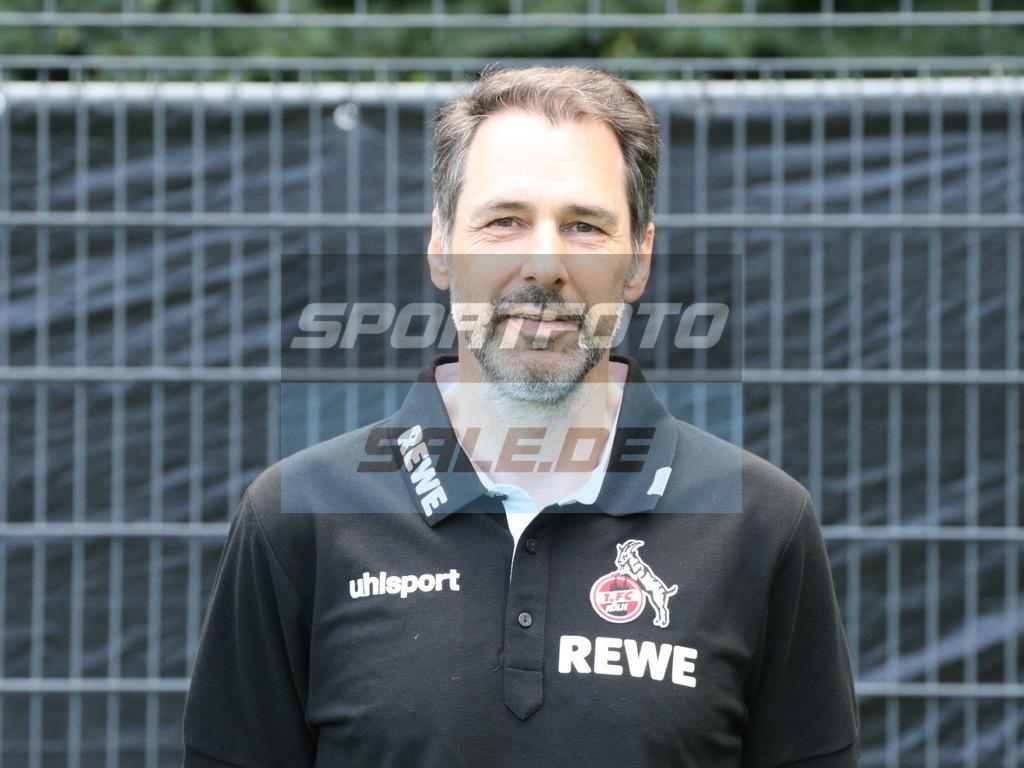 1. FC Köln Fotoshooting | Dr. Paul Klein - © Sportfoto-Sale (MK)