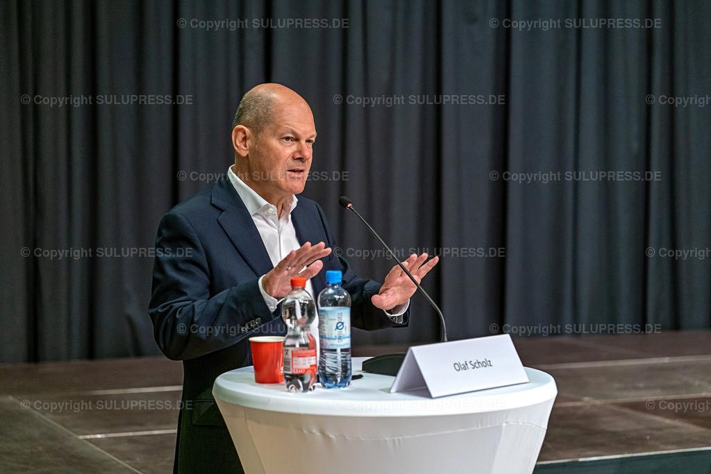 SPD Kandidaten WK61_2020_09_22-04929 | 22.09.2020, Teltow, Brandenburg, Bundesfinanzminister und SPD Kanzlerkandidat bei einer Rede im Ernst-von-Stubenrauch-Saal im Teltower