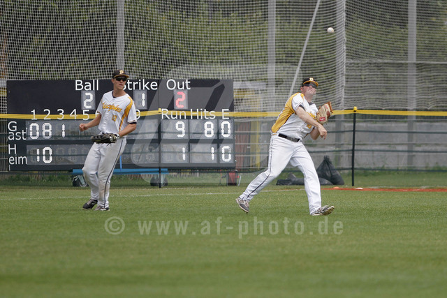 Baseballgame Haar Disciples vs. Mainz Athletics in Haar/Munich,GERMANY at 19. July 2015 | Cedric Bassel GER (#13/Haar Disciples)\ Ty Eriksen USA (#16/Haar Disciples)\  Baseballgame Haar Disciples vs. Mainz Athletics in Haar/Munich, GERMANY at 19. July 2015  Baseballgame Haar Disciples vs. Mainz Athletics, Haar/Munich, GERMANY,  Baseball, 1. League, 1. Bundesliga Süd  Honorarpflichtiges Bild,  - fee liable image - Photo Credit:  © FREIESLEBEN Alexander/AF-Photo.de