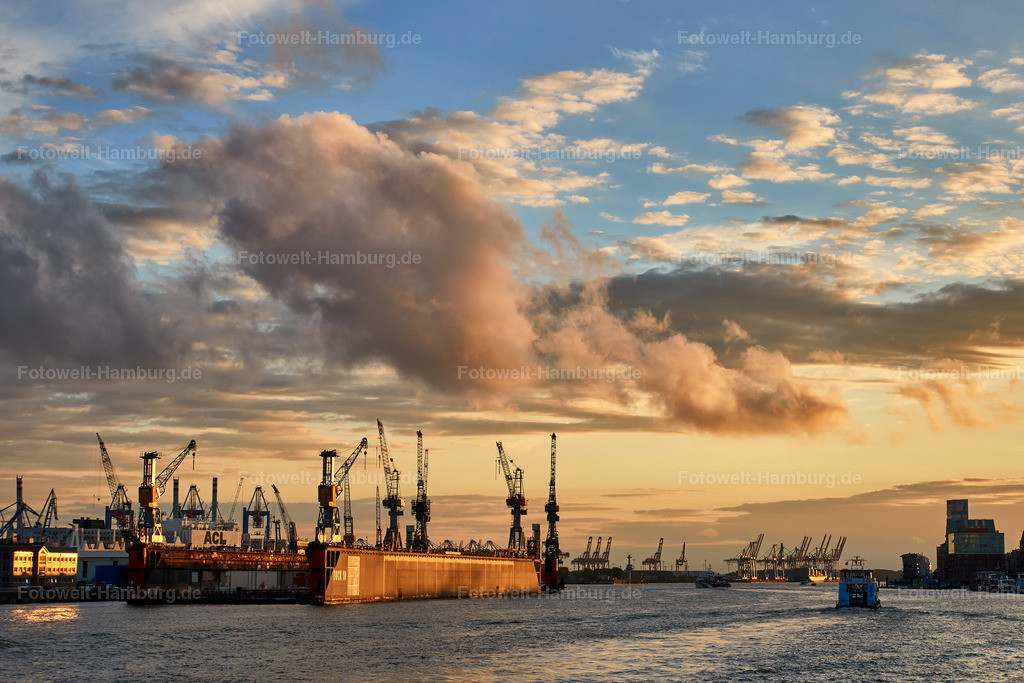 11937395 - Sonnenuntergang am Hamburger Hafen