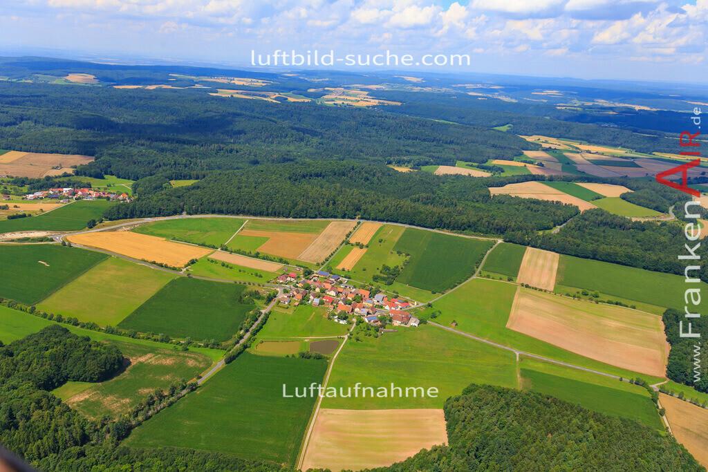 neuses-scheinfeld-17-4893 | Luftbild von Neuses Scheinfeld - Luftaufnahme wurde 2017 von https://frankenair.de mittels Flugzeug (keine Drohne) erstellt - die Geschenkidee