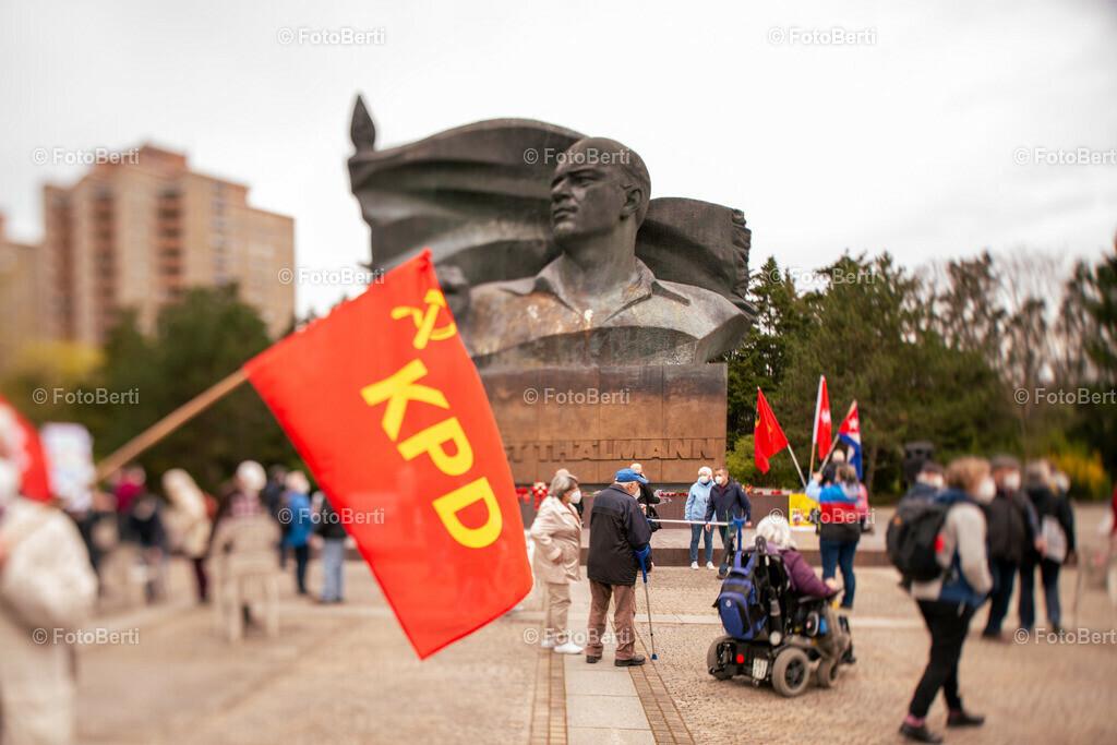 Aktion: Für ein sauberes Thälmann-Denkmal