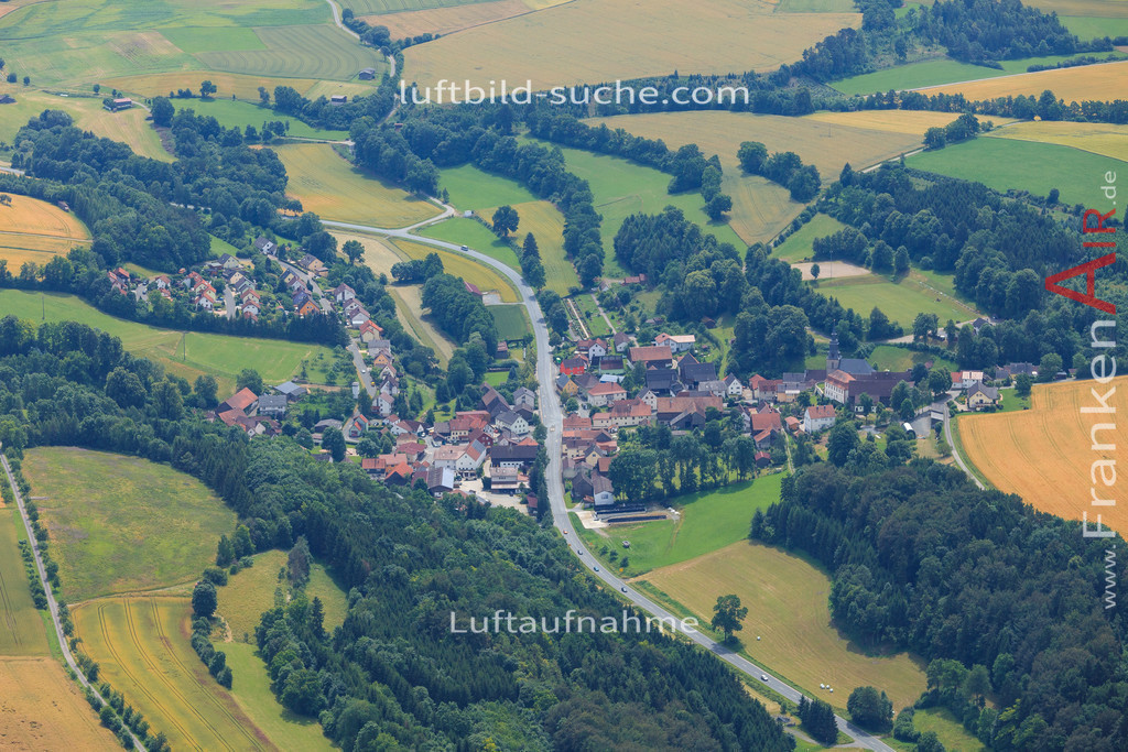 grafendobrach-kulmbach-2016-2338   Luftbild von Grafendobrach Kulmbach - Luftaufnahme wurde 2016 von https://frankenair.de mittels Flugzeug (keine Drohne) erstellt - die Geschenkidee