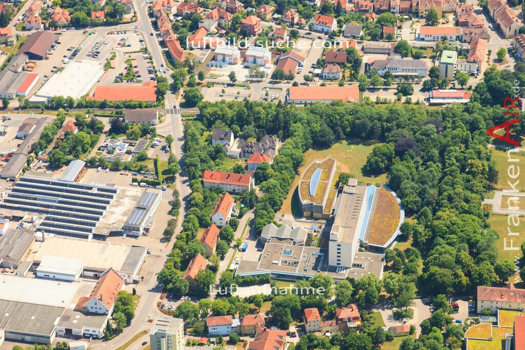 frankenland-klinik-bad-windsheim-2015-1394 | Luftbild von Frankenland-klinik Bad-windsheim - Luftaufnahme wurde 2015 von https://frankenair.de mittels Flugzeug (keine Drohne) erstellt - die Geschenkidee