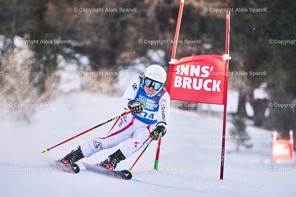 ALS6063_WWMG_GS-II_C | (C) FotoLois.com, Alois Spandl, WinterWorldMastersGames 2020 Innsbruck, Giant Slalom-II Gruppe C Damen, Patscherkofel Olympiaabfahrt, Mi 15. Jänner 2020.