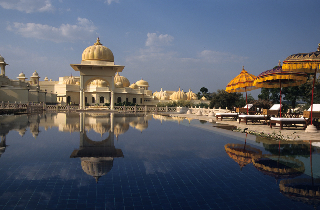 JT-040202-0138.jpg | Indien, Udaipur, Oberoi Udaivilas Resort,  Pichola-See, Hotel,  Palast, Pool am Spa, Wellnessbereich