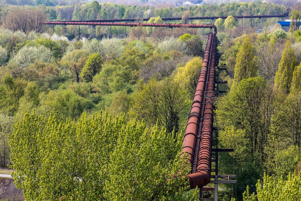 JT-180422-072 | Landschaftspark Duisburg, Nord, ehemaliges Hüttenwerk, in Duisburg Meidrich, Hochofengas, Rohrleitung,