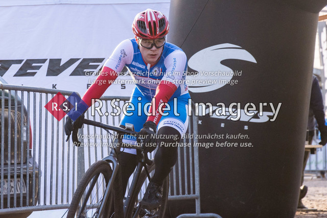Radsport, Stevens Cyclocross Cup 2019, 10. Lauf (RSG Nordheide), Rennen 9 (Elite Herren + U23, Masters 2 / Elite Ü40 und Junioren U19), Buchholz i.d.N., 19.01.2020 | Sebastian Hoffmann (Kieler Radsport Verein, #26, Elite)