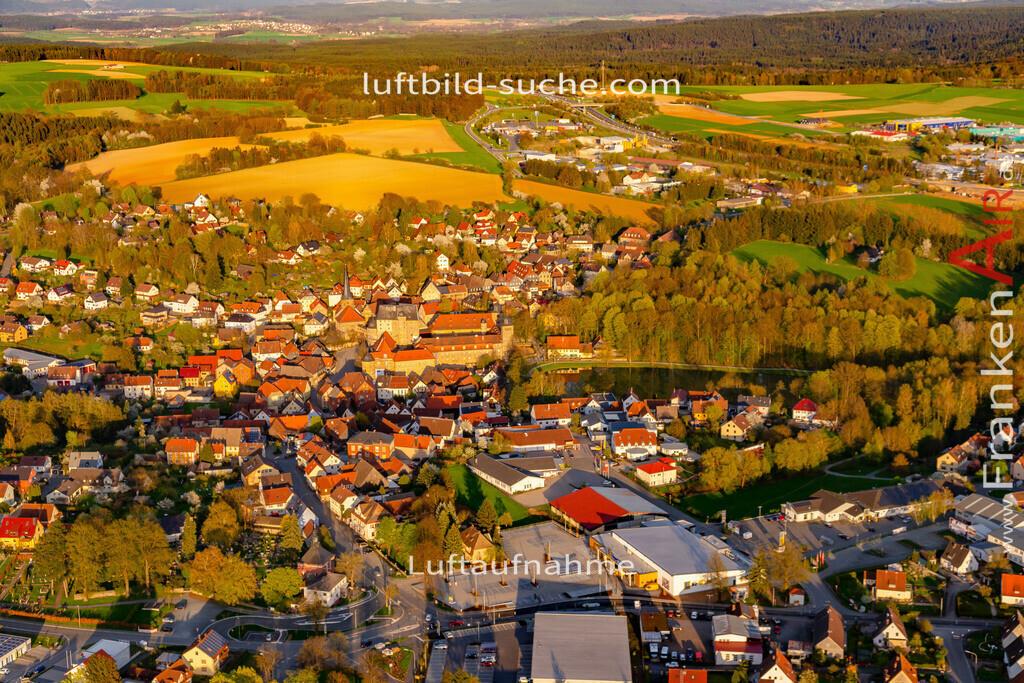 schloss-thurnau-18-204 | aktuelles Luftbild von Schloss Thurnau - Luftaufnahme wurde 2018 von https://frankenair.de mittels Flugzeug (keine Drohne) erstellt.