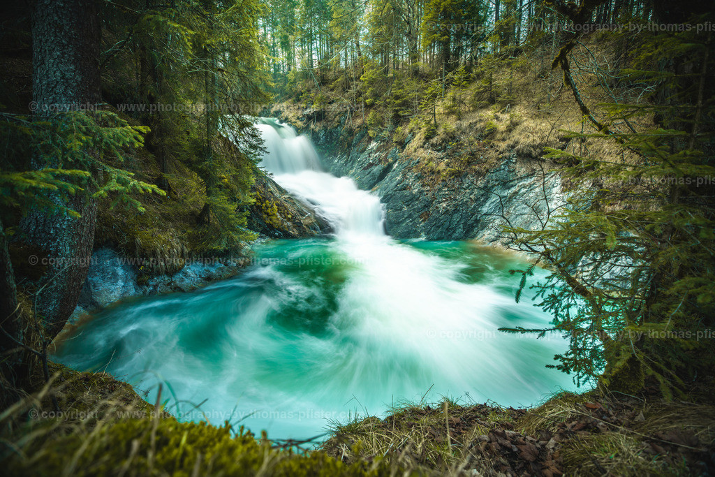 Wasserfall am Sachensee Walgau Bayern-1
