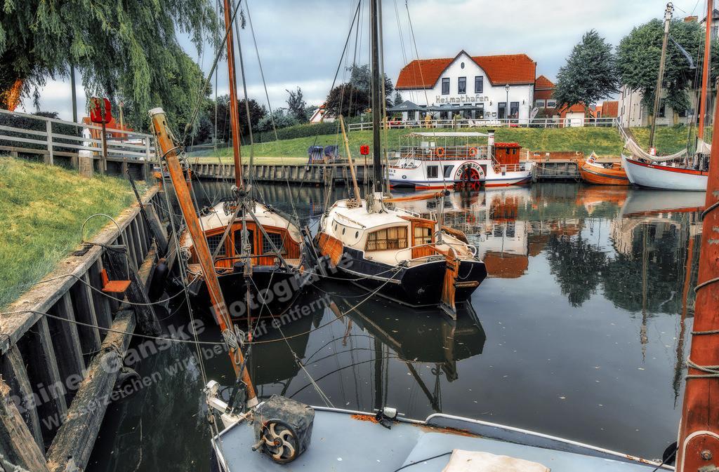 180608-11-Carolinensiel Hafen