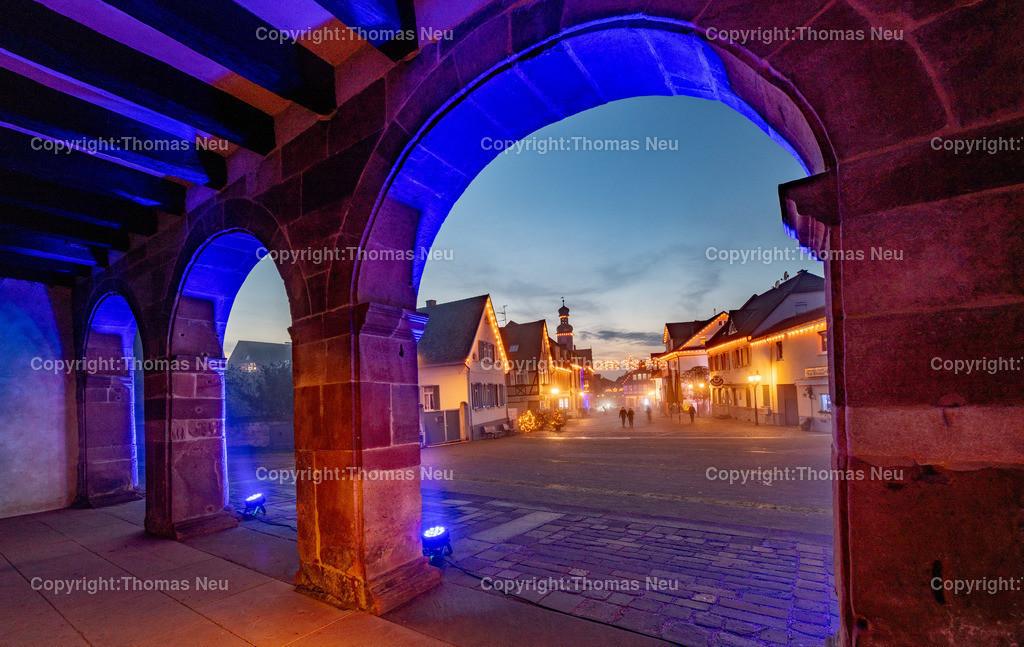 DSC_3863   ble,Lorsch, blaues Weihnachtswunder, Innenstadt, ,, Bild: Thomas Neu