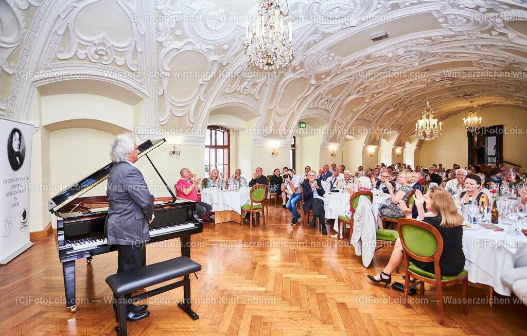 L1_2956_XXXVI-Chopin-Festival_Dinnerkonzert_HENRY Yves   (C) FotoLois.com, Alois Spandl, 36. Chopin-Festival in der Kartause Gaming, Auftritt Yves Henry, Frederic Chopin, Valse As-Dur op. 34/1, Polonaise-Fantasie As-Dur op. 61, Valse Des-Dur op. 64/1 'Minutenwalzer', Sa 15. August 2020.