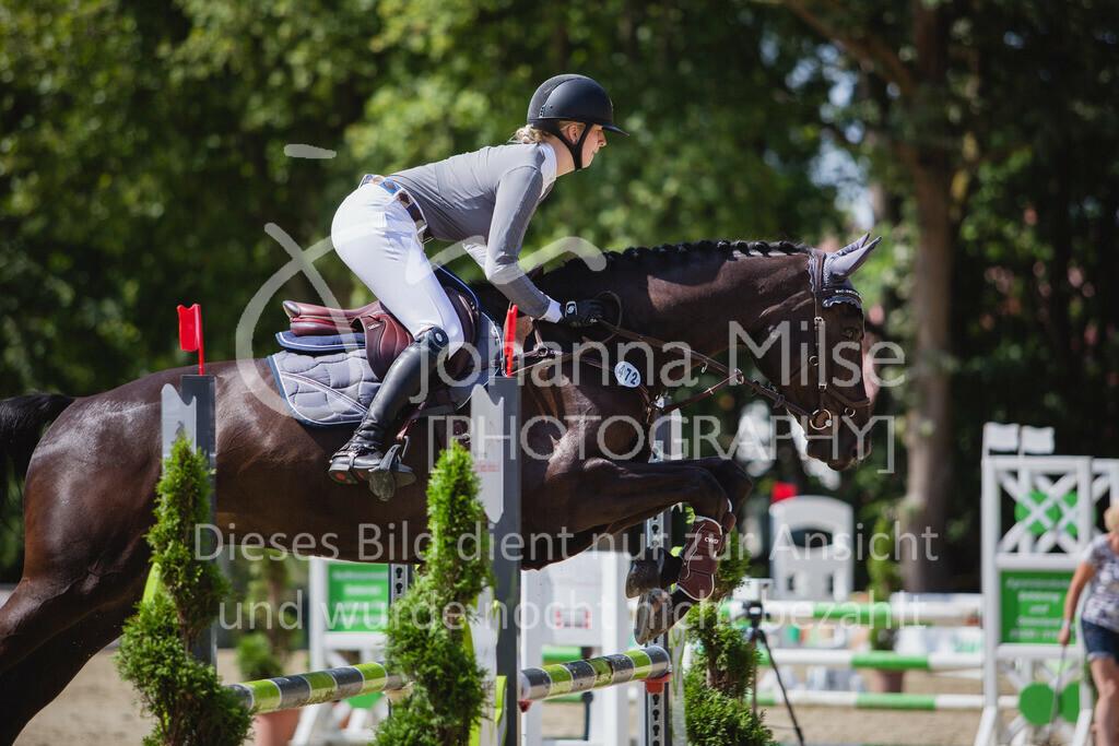 200819_Delbrück_Sprpf-A_2_1-235 | Delbrück Masters 2020 Springpferdeprüfung Kl. A** 4-6jährige Pferde