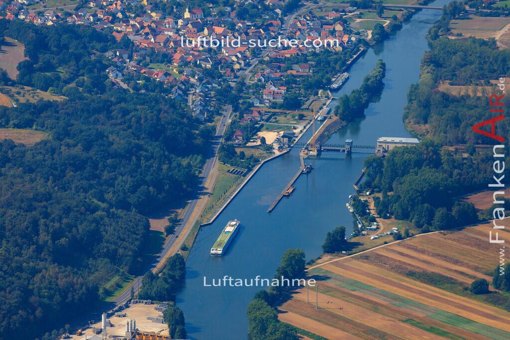 viereth-viereth-2016-216 | Luftbild von Viereth Viereth - Luftaufnahme wurde 2016 von https://frankenair.de mittels Flugzeug (keine Drohne) erstellt - die Geschenkidee