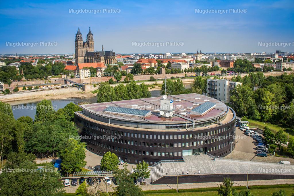 Luftbild Magdeburg Dom Stadtpark MDR Hypar-5485