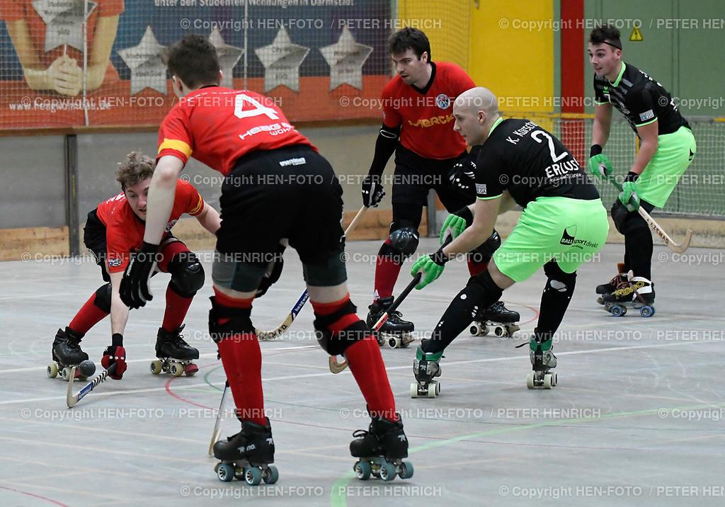 Rollhockey Bundesliga RSC Darmstadt - SKG Herringen (2:6) 20190316 - copyright HEN-FOTO (Peter Henrich)   Rollhockey Bundesliga RSC Darmstadt - SKG Herringen (2:6) 20190316 li 9 Marcel Behnke (DA) stoppt Ball von re 2 Kevin Karschau (H) - copyright HEN-FOTO (Peter Henrich)