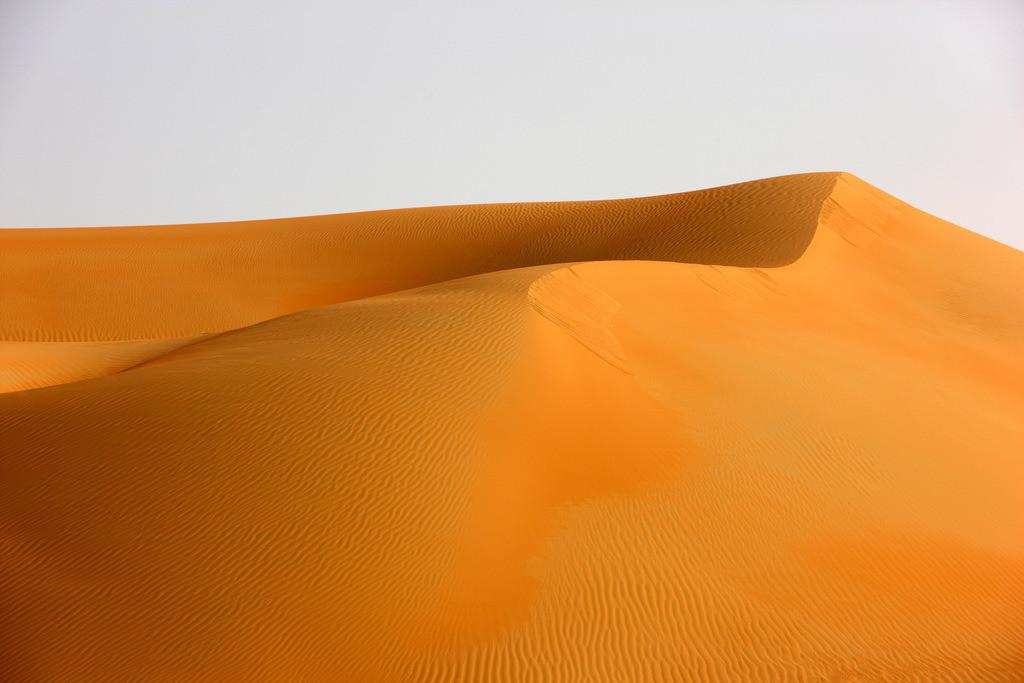 JT-110228-4121 | Roter Sand, Sandduenen, in der Empty Quarter genannten Wueste Rub'al-Khali, Emirate.