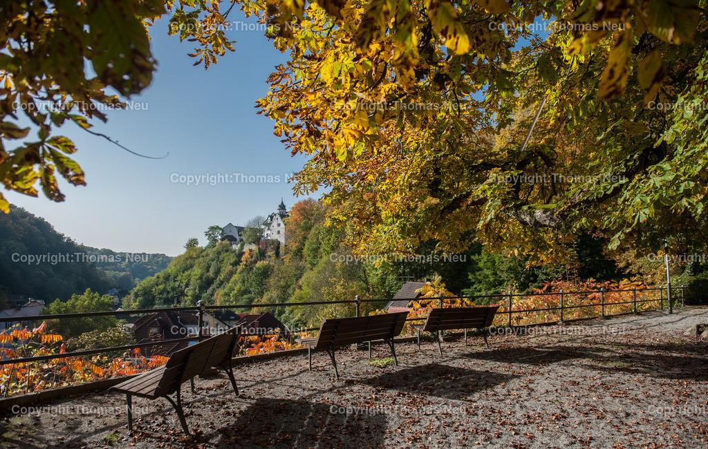 Schmuckbild_Schönberg   Bensheim,Schmuckbild.Schoenberg, Herbstrausch,Herbstfaerbung,Herbst, Blick auf das Schloss, ,,Bild: Thomas Neu