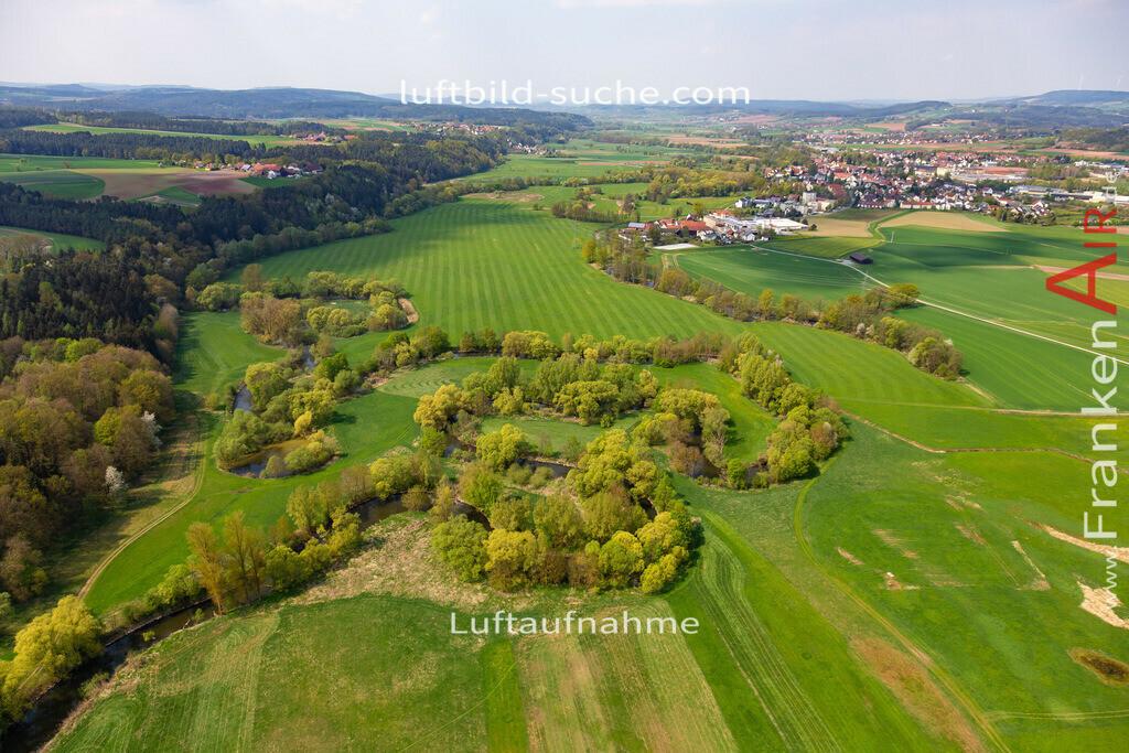 steinenhausen-kulmbach-18-247   aktuelles Luftbild von Steinenhausen Kulmbach - Luftaufnahme wurde 2018 von https://frankenair.de mittels Flugzeug (keine Drohne) erstellt.