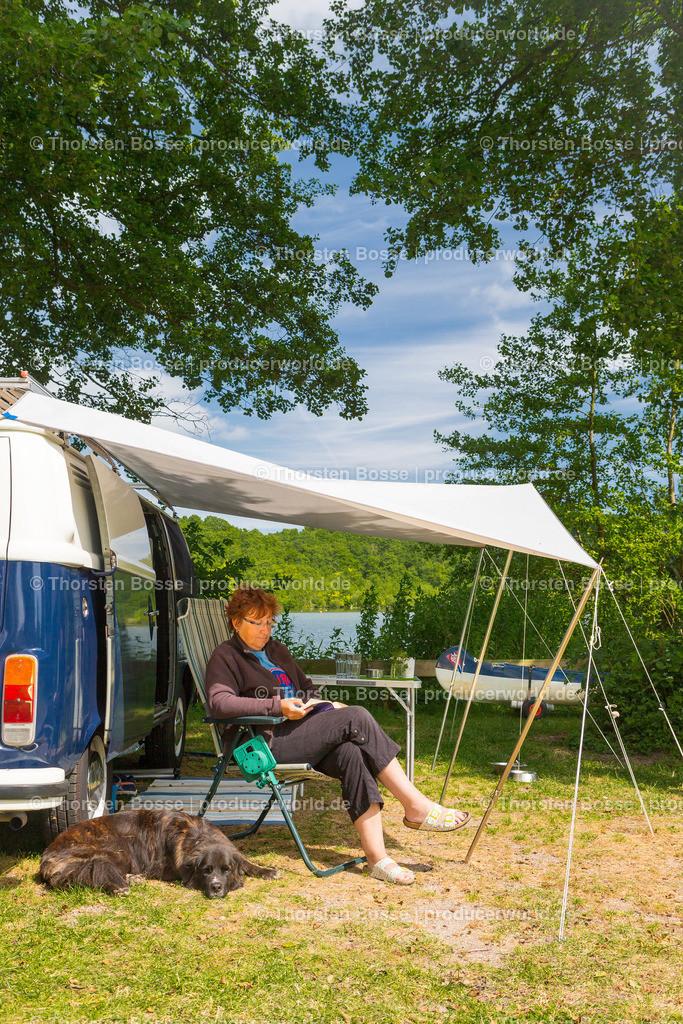 02_FrauT2_IMGL8290 | Plön, Natur Camping Spitzenort