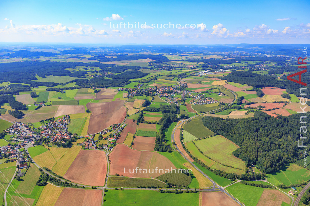 burggrub-stockheim-17-5458 | Luftbild von Burggrub Stockheim - Luftaufnahme wurde 2017 von https://frankenair.de mittels Flugzeug (keine Drohne) erstellt - die Geschenkidee