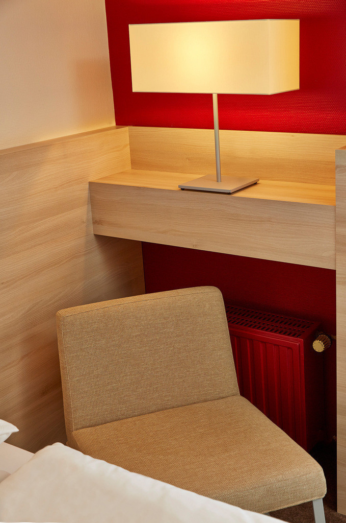 zimmer-detail-03-hplus-hotel-bad-soden